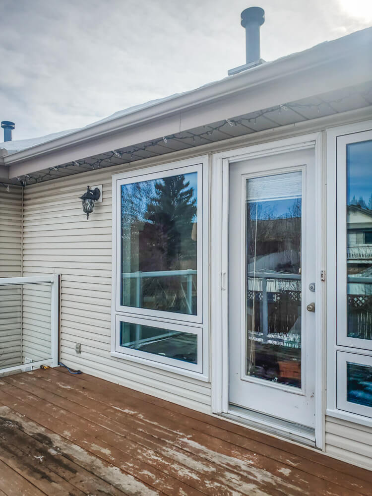 Large window replacement in Calgary